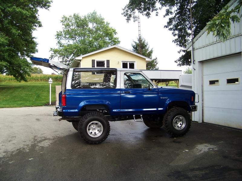 The Junkyard Amp Spare Parts Bronco Ii Bronco Ii Corral