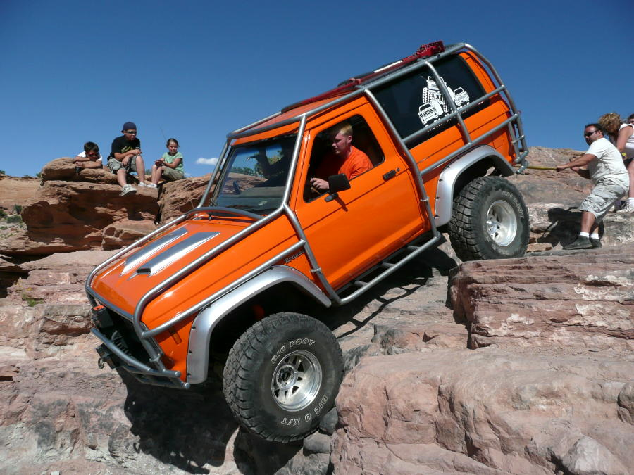 orange crate  ford bronco ii  bronco ii corral